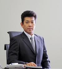 代表取締役社長 柳本善弘